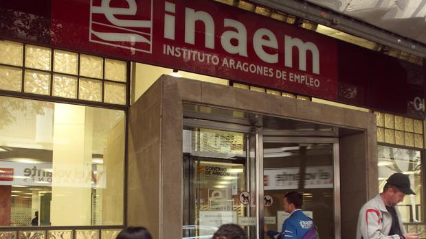 Aragón tiene 10.300 parados menos que hace un año