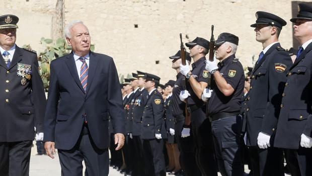 Margallo, ayer en Alicante durante la celebración de los Ángeles Custodios de la Policía Nacional
