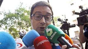 El inusitado silencio de Óscar López