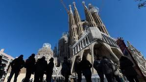 El concejal de Barcelona se reafirma: «Lo que está en contra de Gaudí es hacer esta mona de Pascua»