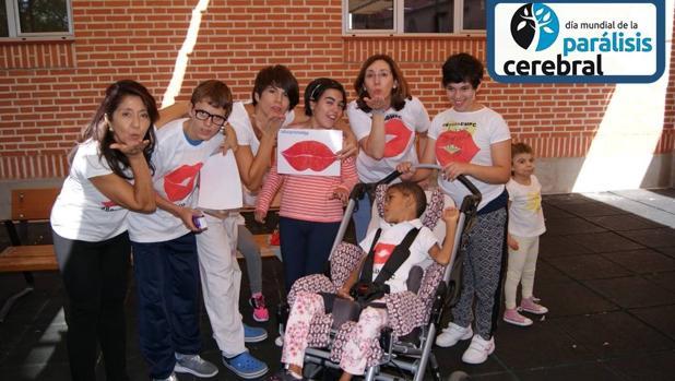 Apace de Toledo celebra con un flashmob el Día Mundial de la Parálisis Cerebral