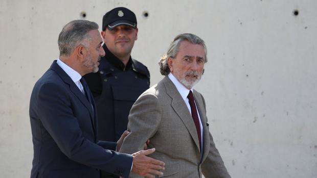 Francisco Correa, ayer tras acudir a la Audiencia Nacional