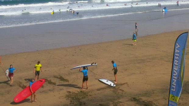 Erasmus en la playa de Las Canteras este miércoles