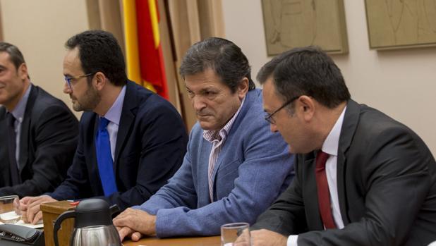 Reunión del Grupo Socialista con la presencia de Javier Fernández