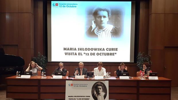 Presentación, ayer, del ciclo de actos sobre Marie Curie en el Doce de Octubre