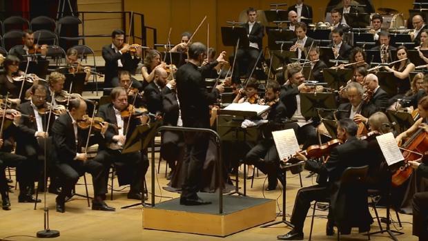 Orquesta Sinfónica de Galicia, dirigida por su titular, Dima Slobodeniouk