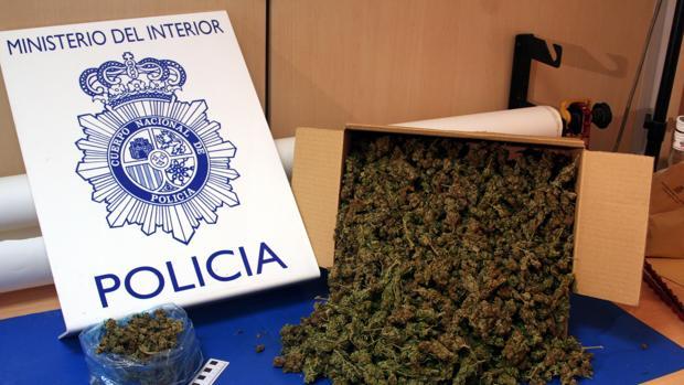 Imagen de parte de la droga confiscada