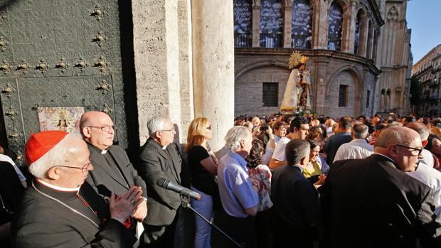 Imagen del cardenal Cañizares en el acto de desagravio a la Virgen de los Desamparados