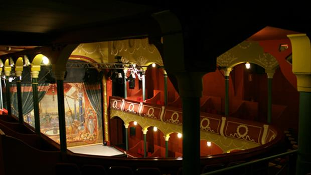 Vista interior del Teatro Escalante de Valencia