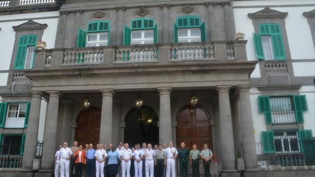 Los agregados en su visita a Gran Canaria