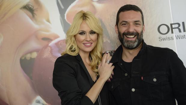Carolina Cerezuela y Jaime Anglada forman el dúo musical Anglada Cerezuela