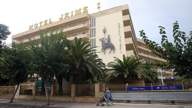 Fachada del hotel Jaime I, en el que podría estar el origen del brote