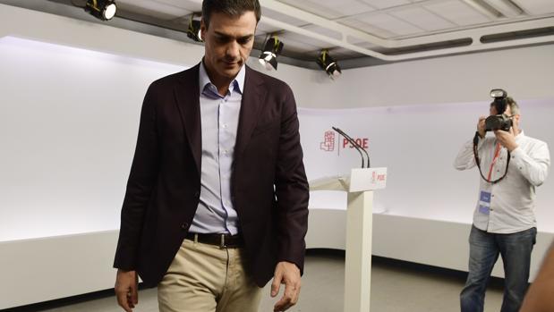 Sánchez, tras su dimisión en Ferraz