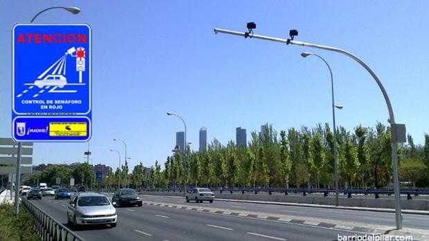 Uno de los semáforos instalados en Madrid