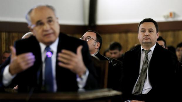 Imagen de Blasco y Tauroni tomada durante el juicio del caso Cooperación