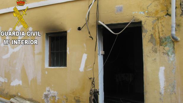 Imagen de la vivienda calcinada