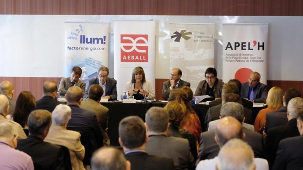 Pere Macias y Nùria Marín, en un momento del debate del ciclo de Infraestructuras