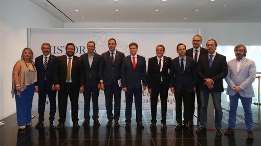 Representantes de varias diputaciones españolas, en el foro
