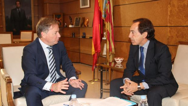 Juan Carlos Moragues y Salvador Arenere, en la reunión de hoy