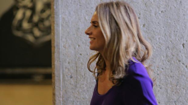 Susana Sumelzo, este viernes, en los pasillos de las Cortes de Aragón, donde se ha producido el rifirrafe