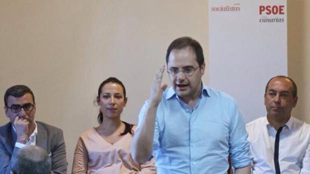 Los cambios en la ejecutiva federal del PSOE han frenado la ruptura del Gobierno de Canarias