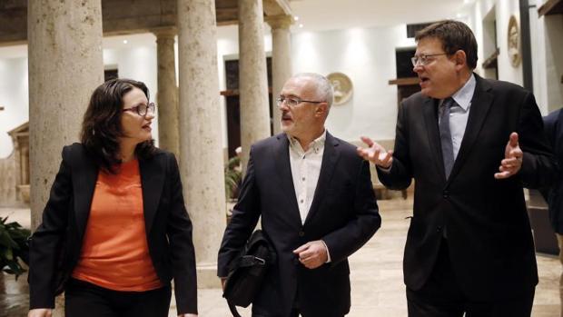 Mónica Oltra, Antonio Montiel y Ximo Puig, en una foto de archivo
