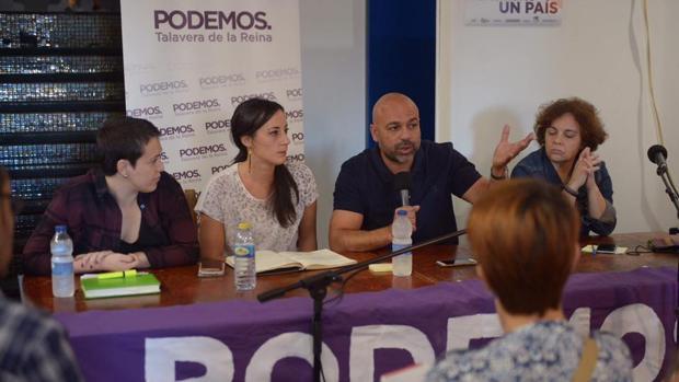 José García Molina, en Talavera este domingo, durante un encuentro con militantes