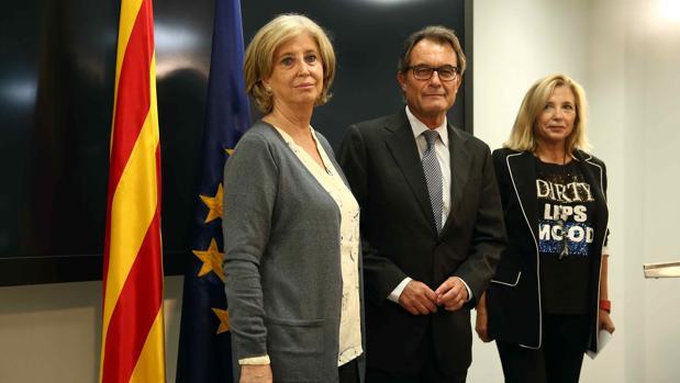 Rigau, Mas y Ortega, la semana pasada tras conocerse la petición de la Fiscalía