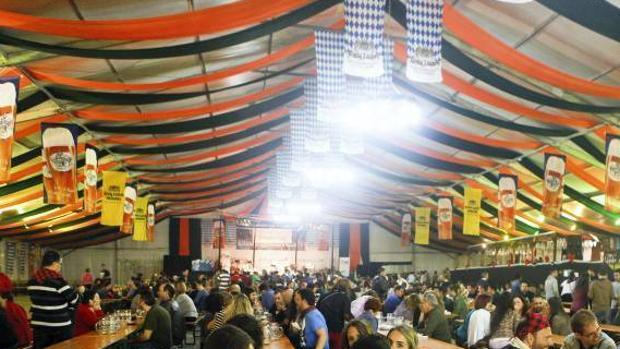 Imagen de archivo de una edición de la Fiesta de la Cerveza de Zaragoza