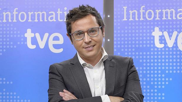 Sergio Martín, presentador de Los Desayuos de TVE y coordinador de «Noticias, las justas»