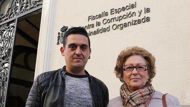 Imagen de Mulet, a la izquierda, en la sede de la Fiscalía