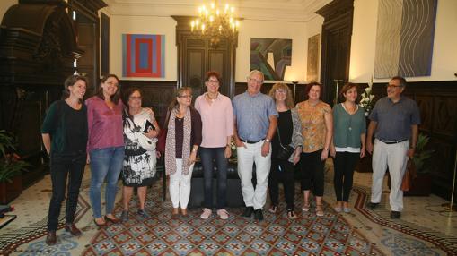 Imagen de la reunión con los representantes vecinales