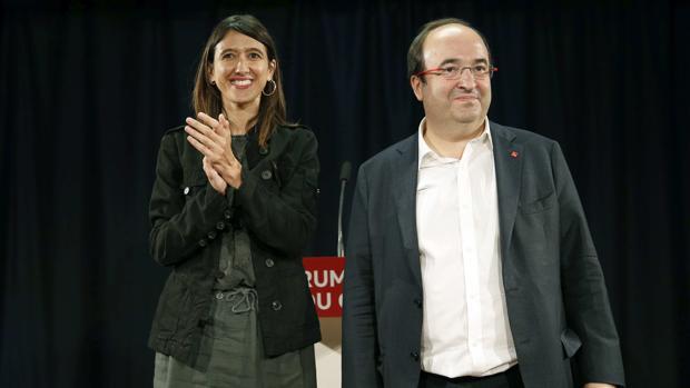 Núria Parlon y Miquel Iceta el pasado 3 de octubre en Barcelona