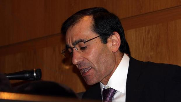 Nelson Santos, exalcalde de O Porriño, durante la toma de posesión del cargo en 2010