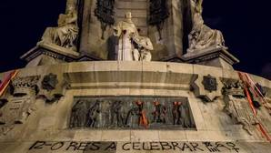 Atacan el monumento a Colón en Barcelona en vísperas del 12-O