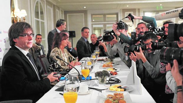 Carles Puigdemont, en el desayuno informativo de este lunes en Madrid