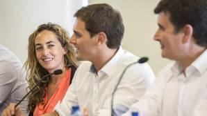 La eurodiputada de Ciudadanos Carolina Punset llama «trozo de tela» a la bandera valenciana