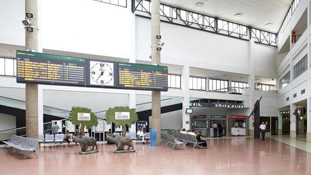 Interior de la estación del AVE en Ciudad Real