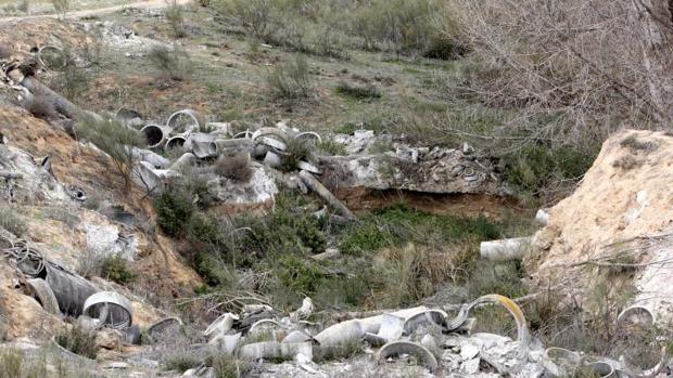 El amianto se encuentra a escasos cientos de metros del barrio del Polígono, en Toledo