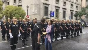 El momento más romántico del desfile del 12-O: un soldado de la UME le pide matrimonio a su novia