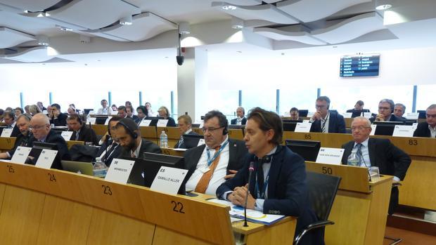 En primer término, Jesús Gamallo, director xeral de Relacións Exteriores y con la UE