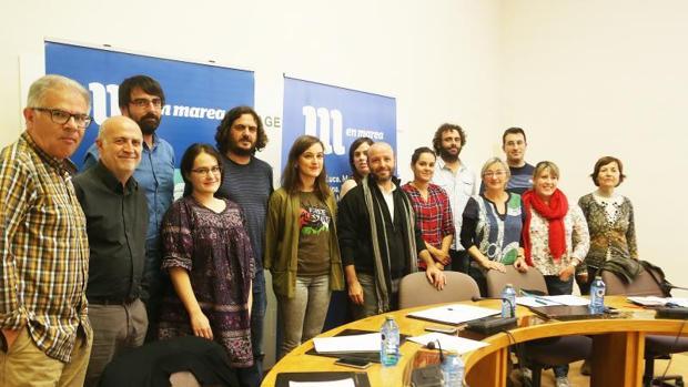 Foto de familia de los diputados del grupo parlamentario de En Marea