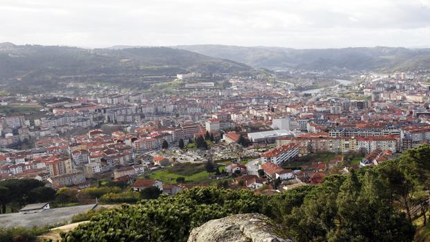 Panorámica de la ciudad de Orense desde Montealegre