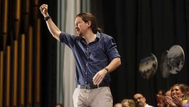 Pablo Iglesias declinó la oferta de asistir al desfile del 12-O