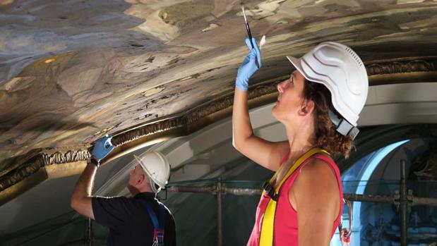 Restauración de los frescos del templo barroco