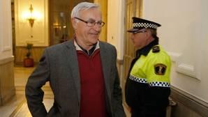 El PP pregunta a Ribó por qué suspendió a sus asesores mientras mantiene a agentes investigados por maltrato