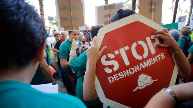 Protesta contra un desahucio en Valencia