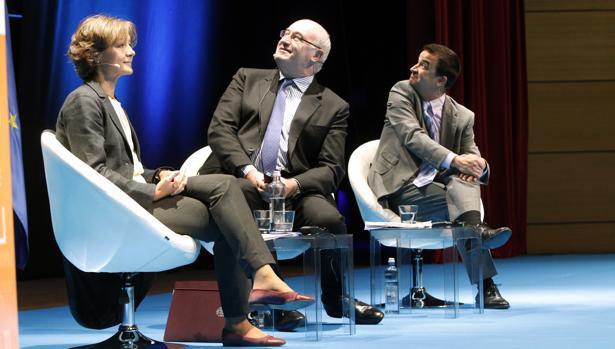 Isabel García Tejerina, Phil Hogan y Martínez Arroyo