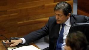 Javier Fernández intenta evitar el primer cisma desde 1977