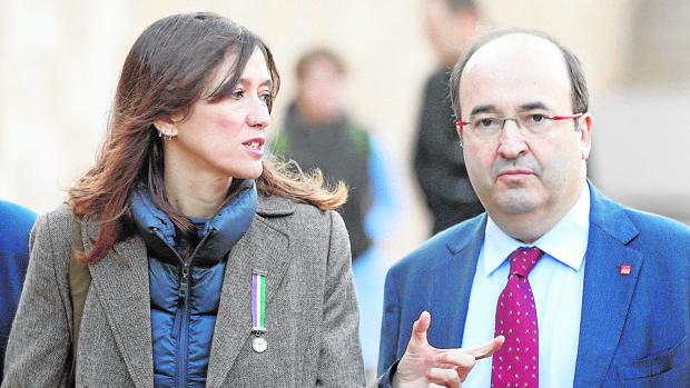 Nùria Parlón y Miquel Iceta, ayer en el homenaje a Lluis Companys